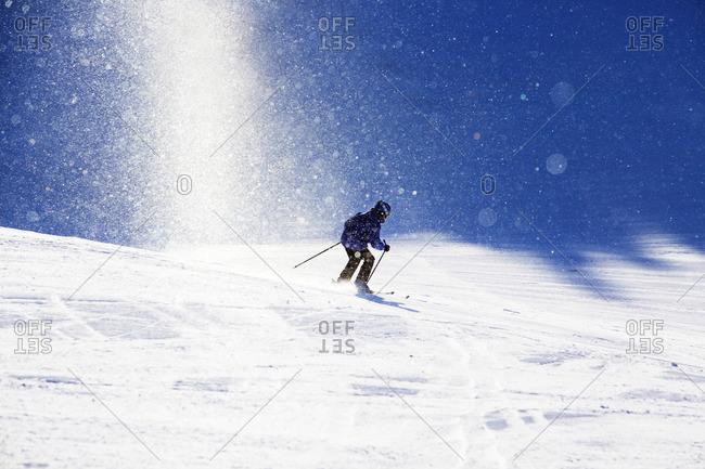 Sweden, Jamtland, Are, Boy skiing in powder snow