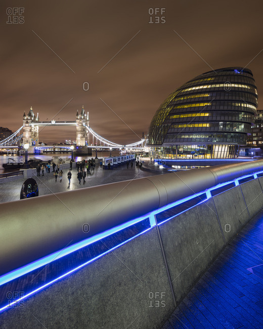 UK, England, London, Illuminated Tower Bridge and City Hall at night