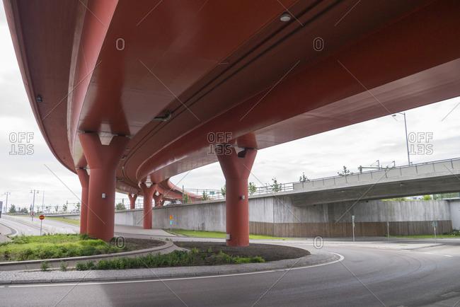 Sweden, Vastergotland, Gothenburg, Low angle view of Partihallsforbindelsen elevated road