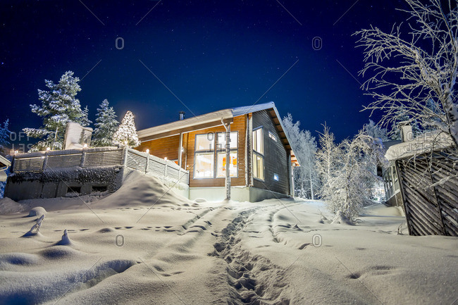 Finland, Lapland, Kittila, Levi, Cottage in winter