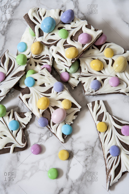 Marbled Chocolate Bark with Pastel Candies, Close-Up