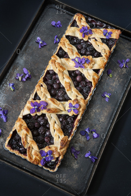 Baked Blueberry Tart with Edible Flowers