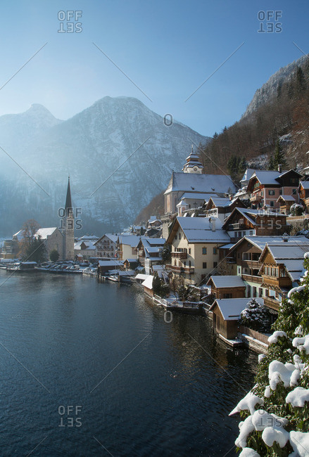 Lake and buildings in Hallstatt, Austria