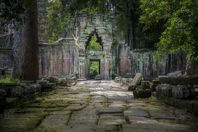 Walkway in the Preah Khan temple