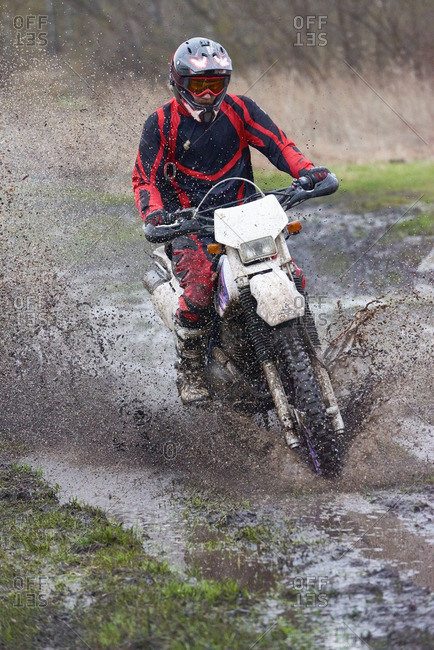 Extreme racing on mud track