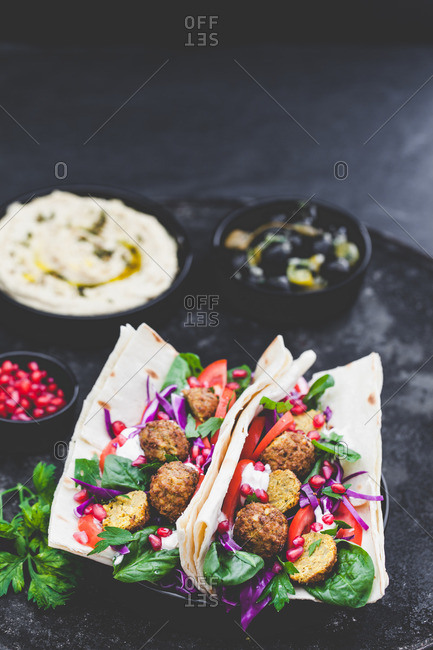 Falafel hummus lavash