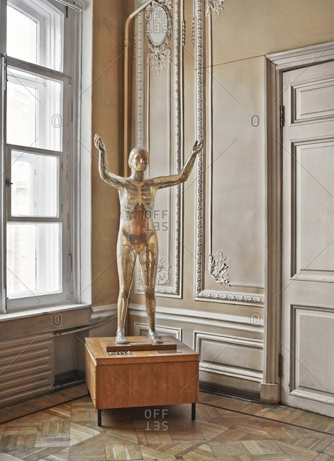 February 9, 2015: Model of a human body on a wood pedestal in a museum