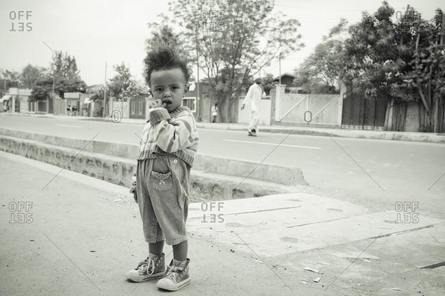 March 30, 2011: Ethiopian toddler in street