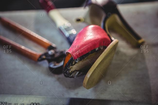 Workshop Stock On Table High Shoe Broken Offset Heel Photo In tQrxsCdh