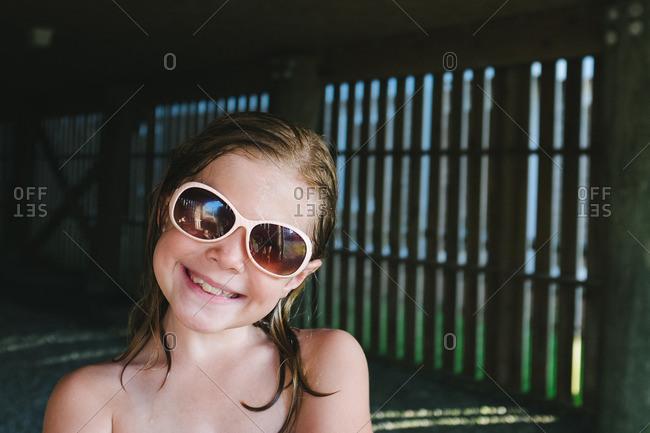 Wetlook girls in glasses