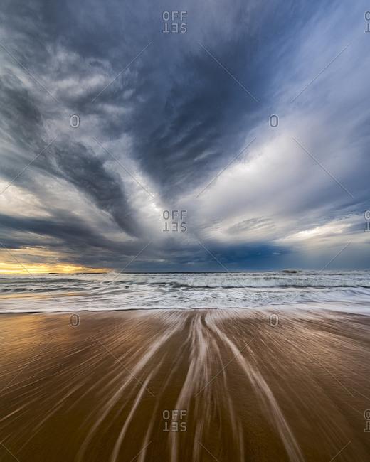Australia, New South Wales, Sydney, Tasman Sea, beach, dramatic sky