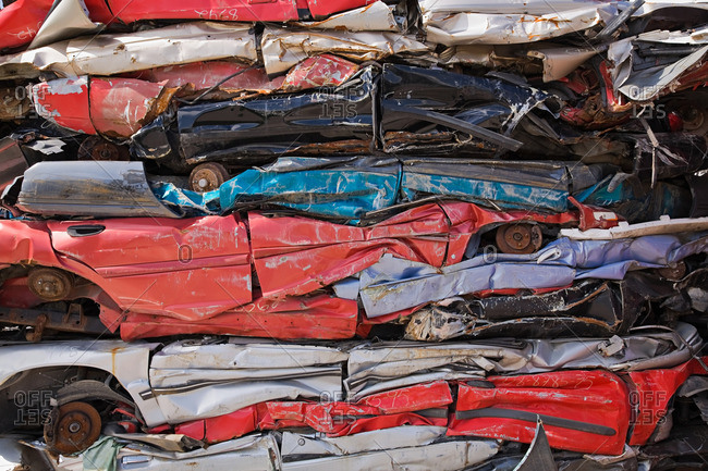 Stack of crushed cars - Offset