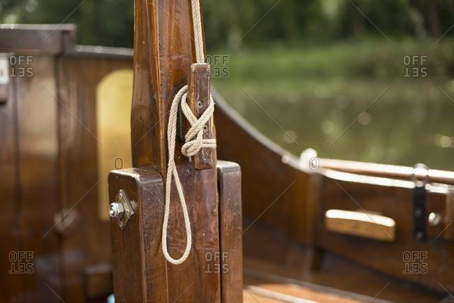 Rope tied to hook of old Dutch wooden boat, Berkelzomp, Lochem, Achterhoek, Gelderland, The Netherlands