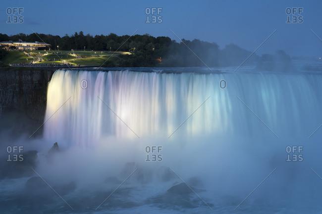 Canada, Ontario, Niagara Falls, Lake Ontario in the evening