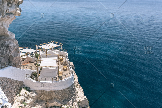 Spain, Menorca, view to sun deck at the coast