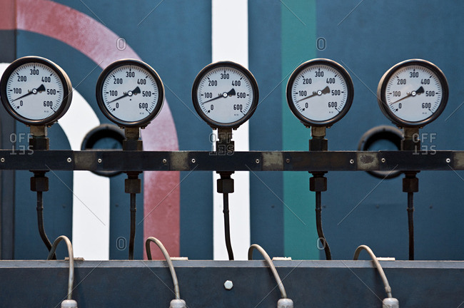 Pressure indicators from the Offset Collection