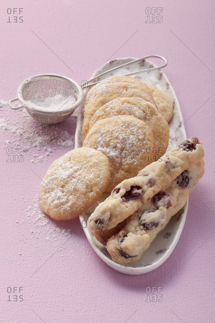 Cranberry and almond-semolina cookies - Offset