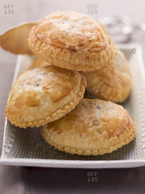Filled puff pastries - Offset Collection