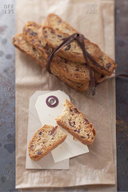 Cantucci chocolate e  (almond and chocolate biscotti)