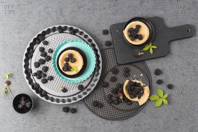 Tartlets and blackberries