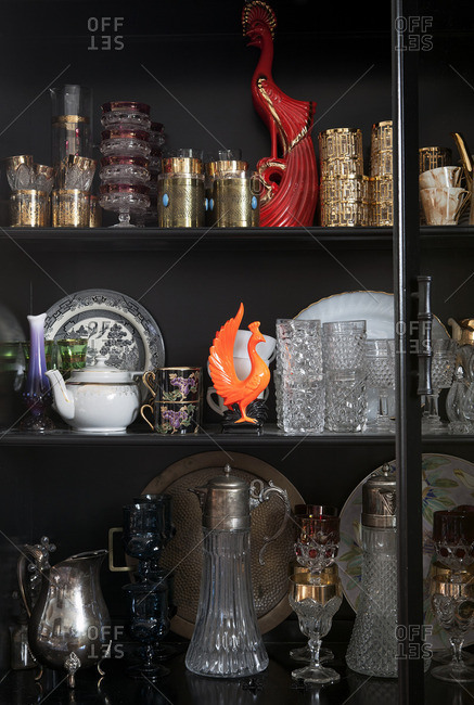 Decorative items on a shelf