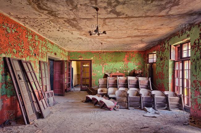 7/20/14: Inside of an abandoned cinema