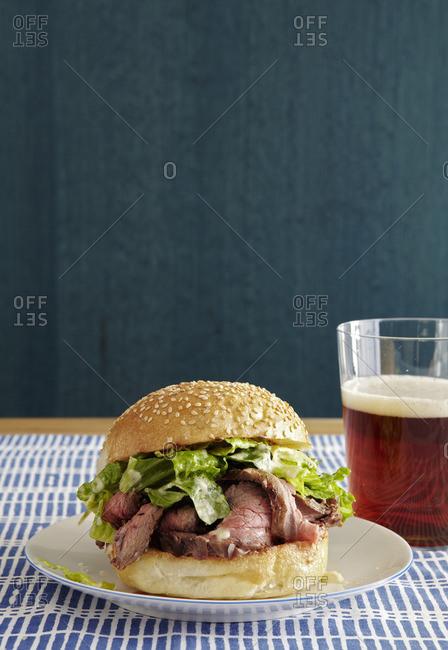 Lettuce and steak slice sandwich