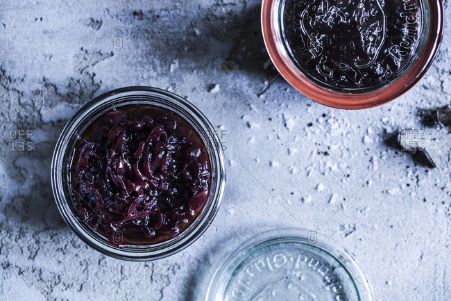 Onion chutney in containers
