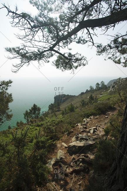Rocky path, Pointe de Saint-Hernot, Ile Vierge, Crozon Peninsula, , Brittany, France