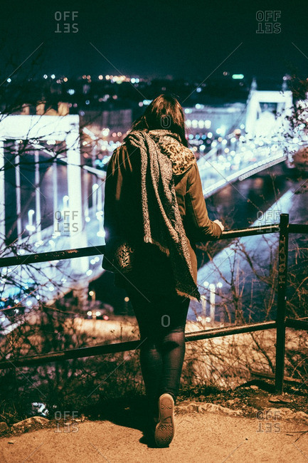 Woman looking at the Elisabeth Bridge in Hungary