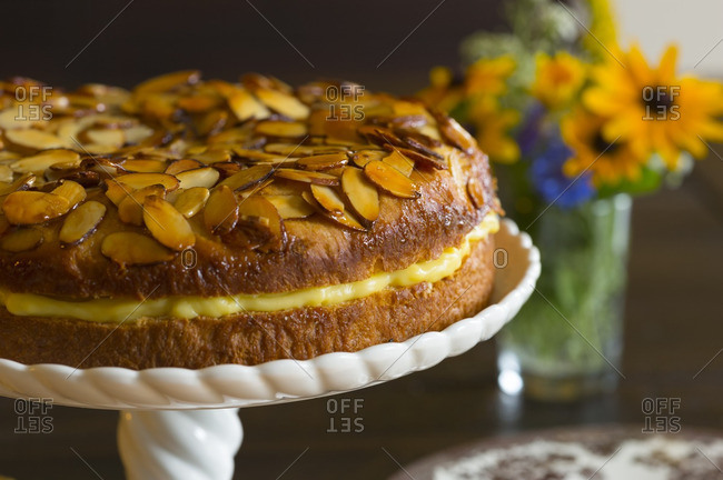Bee sting cake - Offset Collection