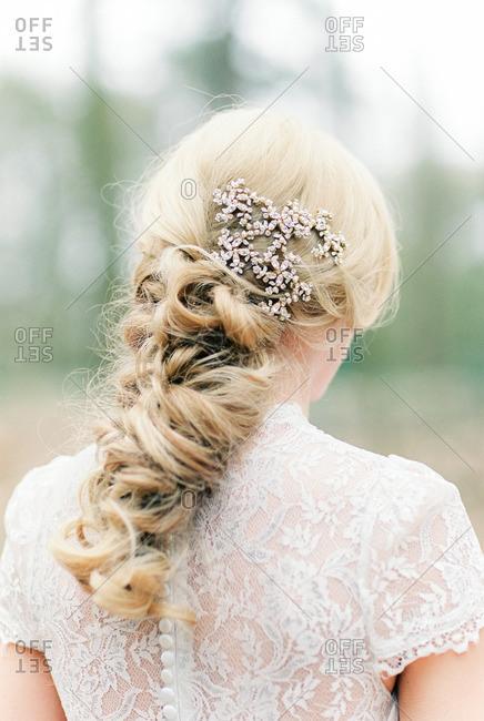 Styled hair of blonde bride
