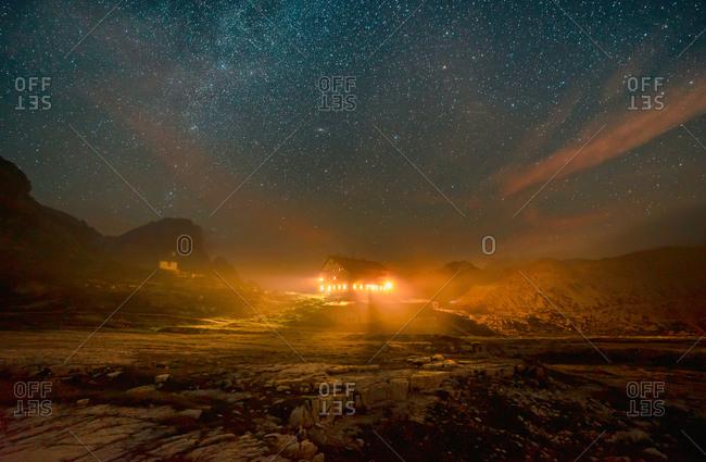 Locatelli refuge at starry night, Dolomiti di Sesto, Veneto, Italy