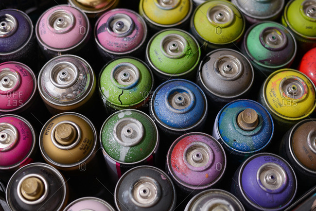 Top of spray paint cans