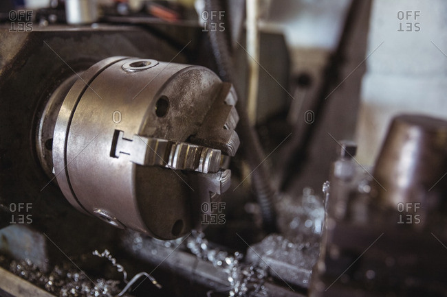 Parts of lathe machine