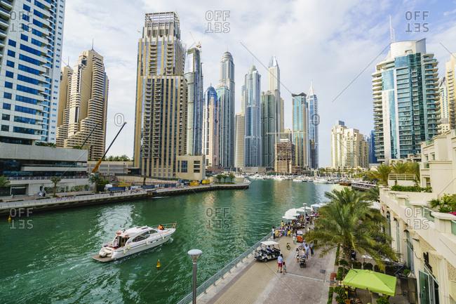 April 8, 2016: Dubai Marina, Dubai, United Arab Emirates, Middle East