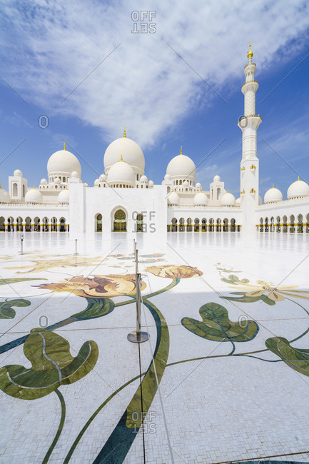 April 7, 2016: Sheikh Zayed Mosque, Abu Dhabi, United Arab Emirates, Middle East
