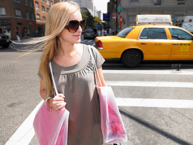 Woman shopping in New-York City