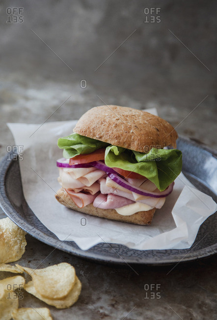 Cold cut sandwich on whole wheat bun