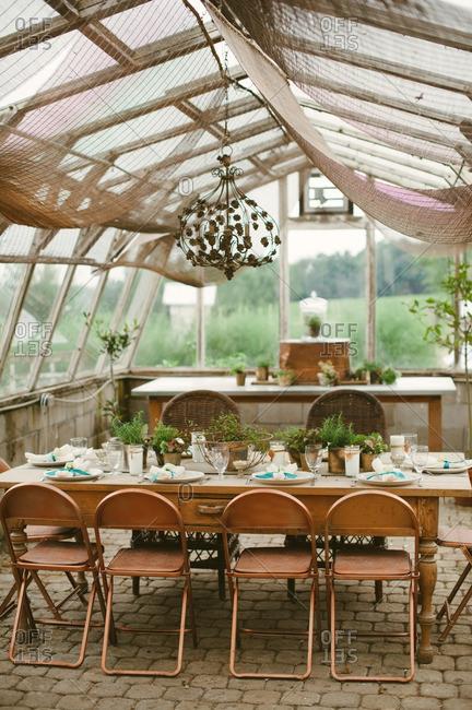 Set table in a barn wedding