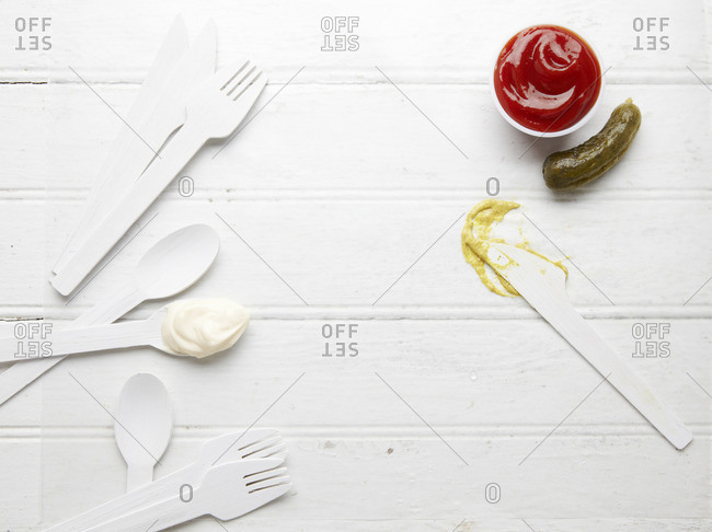 Condiments with disposable silverware