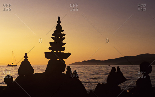 impromptu beach rock sculptures, Stanley Park, Vancouver, British Columbia, Canada