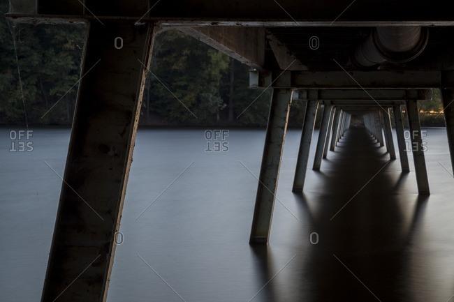 Pedestrian bridge piers with long exposure of water