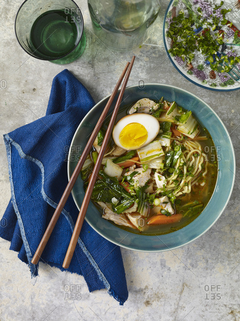Ramen and vegetable noodle dish