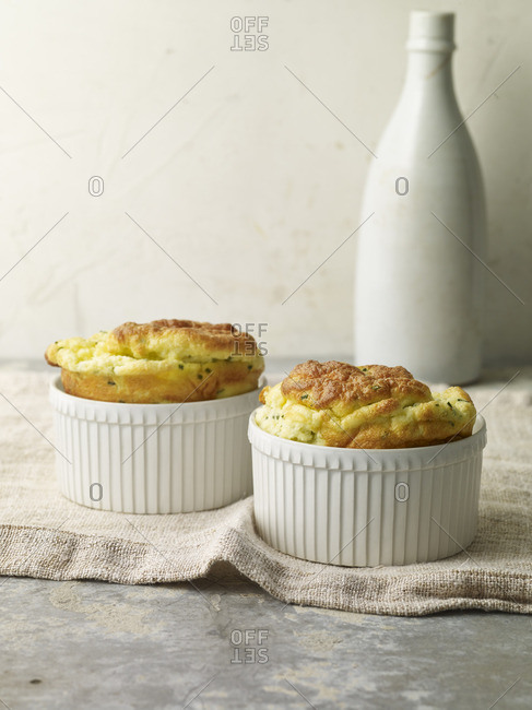 A cheese and chive souffl�
