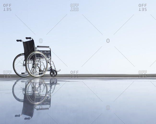 Wheel chair with horizon