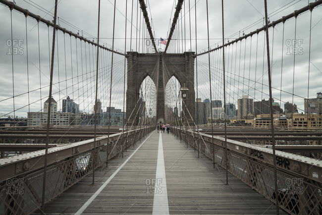 USA- New York City- pedestrian walkway on Brooklyn Bridge