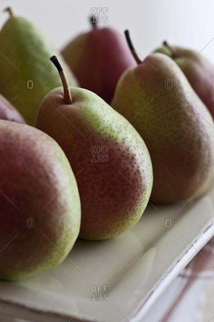 Ripe pears on platter - Offset