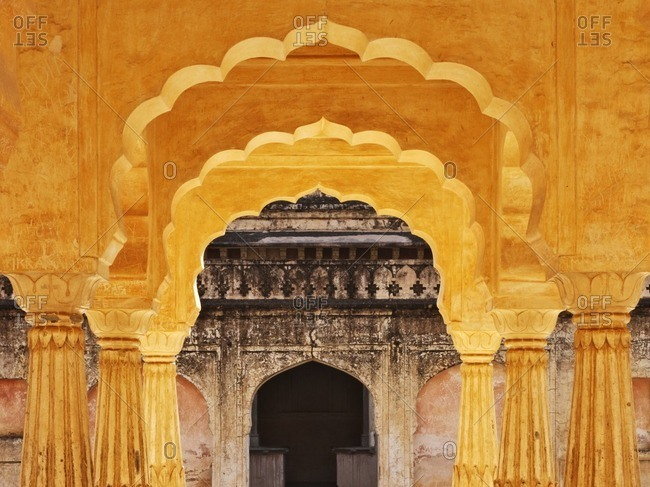 Decorative arches in the Amber fort