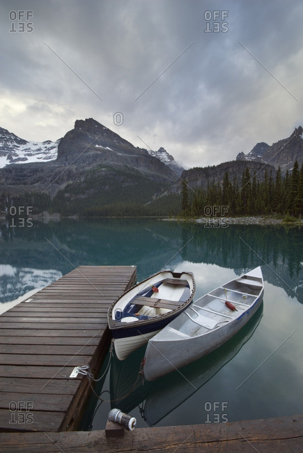 Boats and dock, Lake O\'Hara, Yukness Mountain, Ringrose Peak, Yoho National Park, British Columbia, Canada
